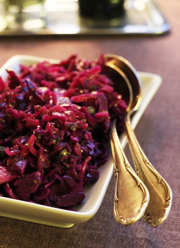 vegan-recipe-red-cabbage-salad