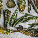 vegan-recipe-dino-kale-crisp