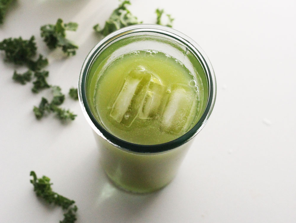 kale-apple-juice