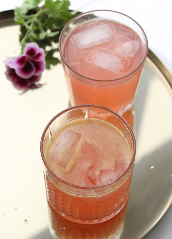 vegan-recipe-peach-watermelon-juicevegan-recipe-peach-watermelon-juice