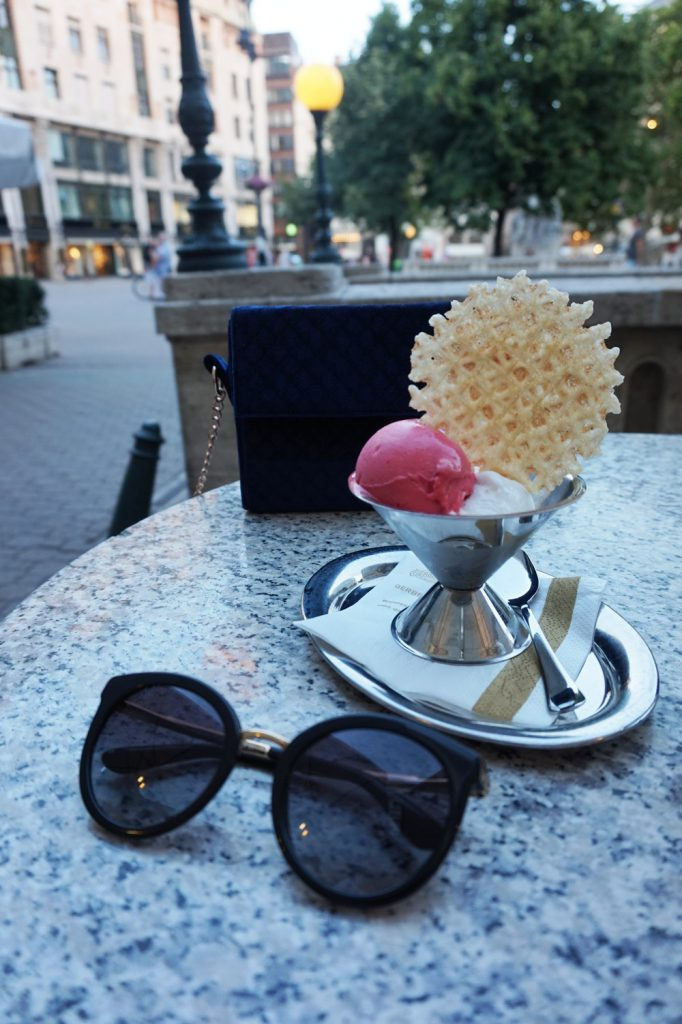 icecream-at-cafe-gerebraud-budapest